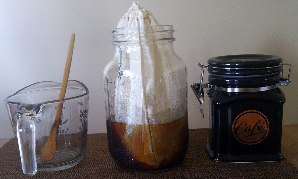 Immersion cold brew coffee station